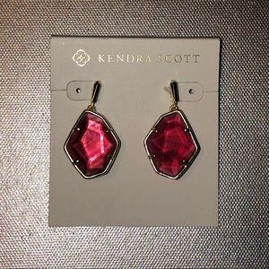 KENDRA SCOTT Ruby stone earrings!!